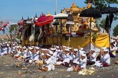 印度尼西亚人民庆祝巴厘语新年和春天到来  Ubud,巴厘岛,印度尼西亚 免版税库存图片