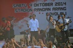 印度尼西亚政治-庆祝Joko维多多胜利的音乐会作为presiden新当选的 库存图片