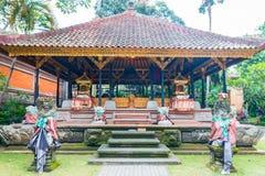 印度尼西亚的里面巴厘岛宫殿 免版税库存图片
