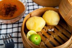 印度尼西亚食物土豆Baso Tahu万隆 库存照片