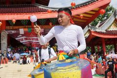 印度尼西亚 撞击声音乐表现在春节庆祝时 免版税库存图片