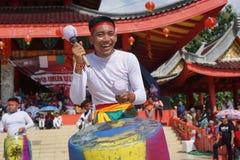印度尼西亚 撞击声音乐表现在春节庆祝时 图库摄影