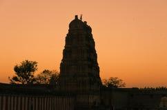 印度日落寺庙virupaksha 免版税图库摄影