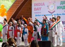 印度民间艺术的中心孩子唱歌 库存图片