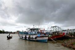 印度的Namkhana渔村庄 免版税库存照片