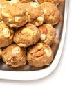 印度自创甜干燥果子laddoo 免版税库存图片