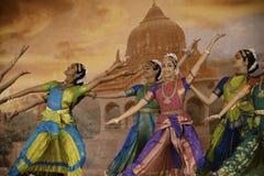 印度舞蹈演员 免版税库存照片