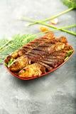 印度食谱,烤鱼用异乎寻常的香料 图库摄影