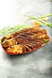 印度食谱,烤鱼用异乎寻常的香料 库存图片