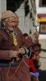 印度,拉达克,男性,传统,佛教,宗教,年龄, ethnics,祷告,晚年, 免版税库存图片