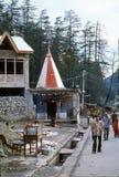 1977年 印度 一座印度和佛教寺庙在Manali 免版税库存照片