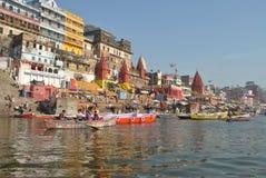 印度 瓦腊纳西 恒河 库存图片