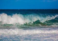 印度洋的碎波南Af狂放的海岸的  库存照片
