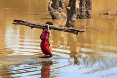 印第安女孩 免版税图库摄影