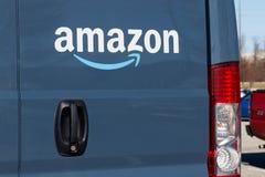 印第安纳波利斯-大约2019年1月:亚马逊头等送货车 改良 com在与头等搬运车的交付事务得到II 库存照片