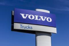 印第安纳波利斯-大约2017年10月:富豪集团交换标志和商标 富豪集团卡车是其中一个在世界的最大的卡车品牌我 图库摄影