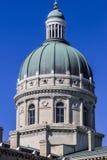 印第安纳波利斯-大约2017年3月:印第安纳状态议院和国会大厦圆顶 它安置州长、汇编和最高法院II 库存图片