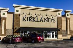 印第安纳波利斯-大约2016年11月:柯克兰的,零售购物中心地点 柯克兰的出售回家装饰辅助部件II 免版税库存照片