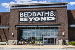 印第安纳波利斯-大约2017年7月:Bed Bath & Beyond零售地点v 库存图片