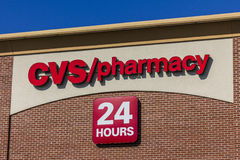 印第安纳波利斯-大约2016年9月:CVS药房零售地点 CVS是最大的药房链子在美国IV 库存图片