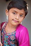 印第安语的女孩微笑的一点 库存图片