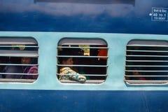 印第安铁路 旅行的汽车的人们长的距离的国家 库存图片