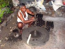 印第安陶瓷工 图库摄影