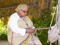 印第安wampanoag妇女 库存图片