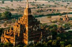 印象深刻的石寺庙在Bagan缅甸 免版税库存照片