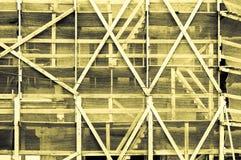 印象深刻的黄色灰色淡黄色框架在修造外面 免版税库存图片
