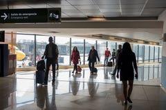 危地马拉- 2017年11月22日:危地马拉国际机场La极光内部  离开地区 库存图片