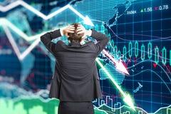 危机概念的例证与一个商人的在恐慌 免版税库存照片