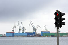 危机行业船 库存图片