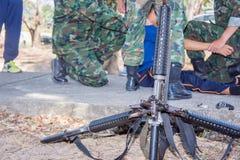 危险枪M-16军用的武器 免版税图库摄影
