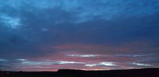 危险欢欣早晨晚上红色s水手天空警告 免版税库存图片