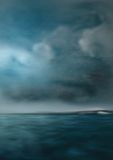 危险黑暗的海运天空 库存图片