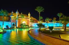 即步行在有阿拉伯colorith的庭院里, Sharm El谢赫, 库存照片