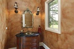 卵形化妆室水槽 免版税库存照片