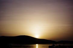 卷层云日落,蒂瓦特,黑山 免版税库存图片