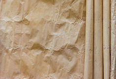 卷褐色被弄皱的纸 库存照片