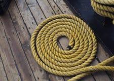卷起的海洋或船舶绳索纹理  库存图片