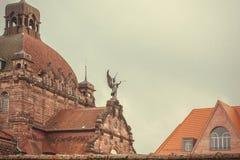 历史城市房子的上面有Staatstheater歌剧剧院的在1905年建立的在巴伐利亚 库存图片