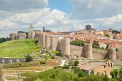 历史城市阿维拉,西班牙中世纪墙壁  库存图片