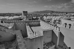 历史堡垒在黑白的阿曼 库存照片