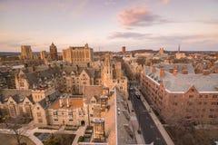 历史大厦和耶鲁大学校园 免版税库存图片