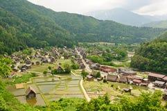 历史日本村庄-白川町去 库存图片