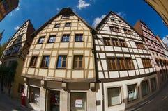 历史木制框架大厦的外部在Rothenburg Ob Der陶伯,德国 图库摄影
