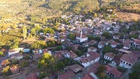 历史白色议院, Sirince村庄,伊兹密尔土耳其 鸟瞰图寄生虫射击 股票录像