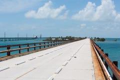 历史的七英里桥梁在佛罗里达群岛 免版税库存照片