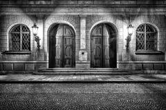 历史的入口在慕尼黑在夜之前 库存照片